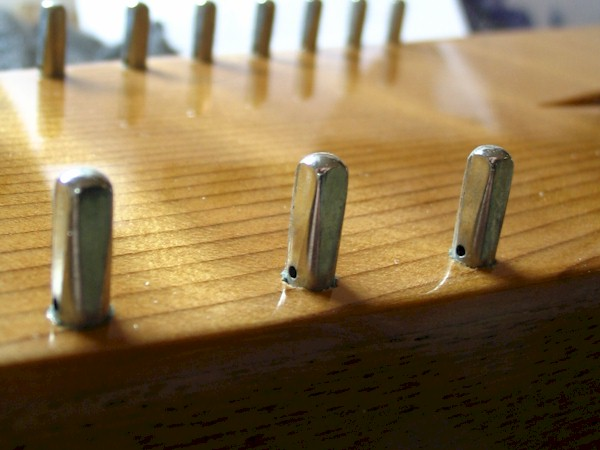 Bowed Psaltery Hitch Pin Depth