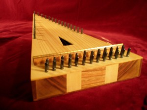 Sunniva Wormsen bowed psaltery